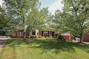 12612 Blackthorn Trace Louisville, KY 40299