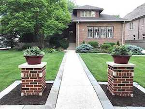 150 S Lawndale Ave Elmhurst, IL 60126