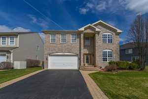 6508 Pine Hollow Rd Carpentersville, IL 60110