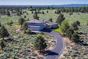 61280 Mountain Breezes Court Bend, OR 97702