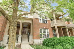 466 S Commons Ct Deerfield, IL 60015