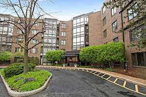 601 Mulberry Place #3F Highland Park, IL 60035