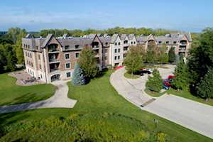 1800 Amberley Ct #108 Lake Forest, IL 60045
