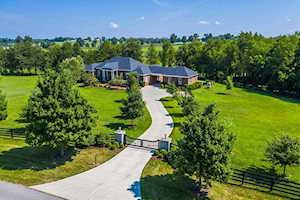 405 Burr Oak Drive Nicholasville, KY 40356