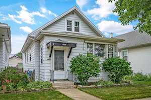 5134 W Winona St Chicago, IL 60630