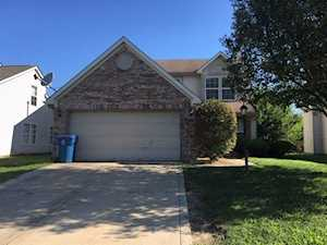 5440 Chestnut Woods Drive Indianapolis, IN 46224