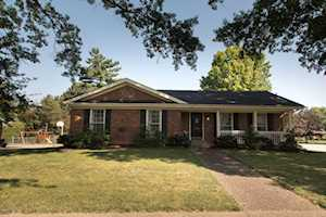 10109 Falling Tree Way Louisville, KY 40223