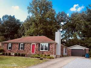 8537 Confederate Place Dr Pewee Valley, KY 40056