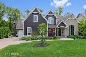 1001 Woodlawn Rd Glenview, IL 60025