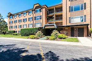 1206 S New Wilke Rd #101 Arlington Heights, IL 60005