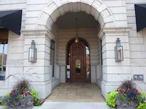 151 W W Wing St #807 Arlington Heights, IL 60005