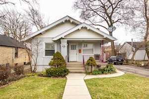 206 Highwood Ave Highwood, IL 60040