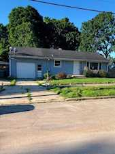 611 Holly St Elgin, IL 60123