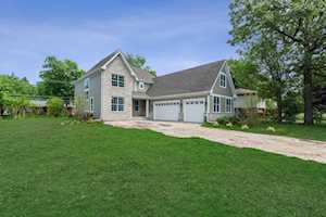 1241 Blackthorn Ln Deerfield, IL 60015