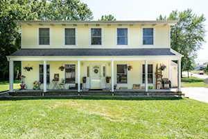 17987 W Greentree Rd Grayslake, IL 60030