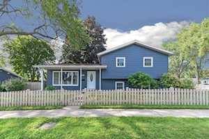 69 N Idlewild Ave Mundelein, IL 60060
