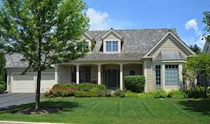 755 S Camelot Ct Lake Forest, IL 60045