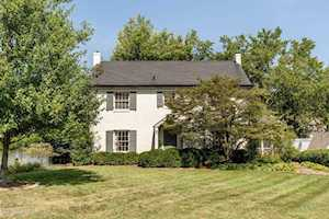 2325 Woodford Pl Louisville, KY 40205
