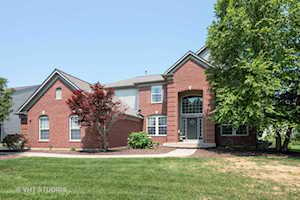 2662 Connolly Ln West Dundee, IL 60118