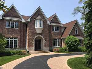 12 Cottonwood Rd Northbrook, IL 60062