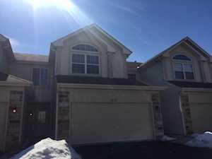 1750 Maplewood Ct Grayslake, IL 60030