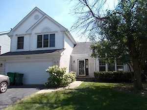 6181 Brookstone Place Gurnee, IL 60031