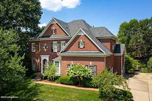 3524 Winterberry Cir Louisville, KY 40207