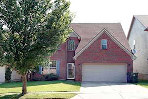 3888 Winthrop Drive Lexington, KY 40514