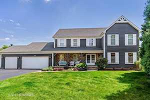 5175 Thornbark Dr Hoffman Estates, IL 60010