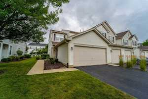 803 Genesee Dr #803 Naperville, IL 60563