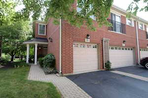 913 Bromley Place #12A1 Northbrook, IL 60062