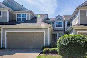 226 Woodstone Circle Buffalo Grove, IL 60089