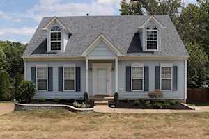 6626 Riverbirch Dr Pewee Valley, KY 40056