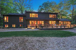 665 Maple Ave Lake Bluff, IL 60044