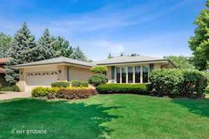 1500 71st St Downers Grove, IL 60516