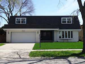 8339 N Knight Ave Niles, IL 60714