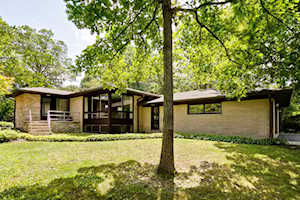 511 Forest Hill Rd Lake Forest, IL 60045