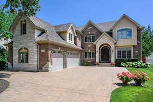 609 Glenshire Rd Glenview, IL 60025