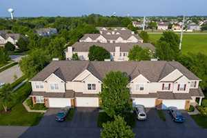 5512 Wildspring Dr #5512 Lake In The Hills, IL 60156