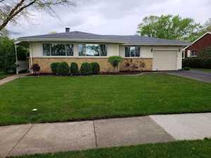 1522 N Walnut Ave Arlington Heights, IL 60004