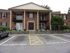 617 Logsdon Ct Louisville, KY 40243