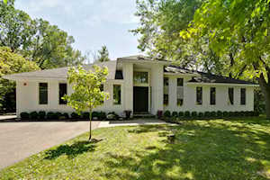 15555 W Timber Ln Libertyville, IL 60048