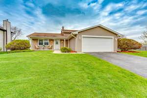 1760 Burr Ridge Dr Hoffman Estates, IL 60192