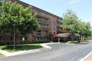 6443 Clarendon Hills Rd #110 Willowbrook, IL 60527