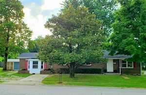 210 Foxwood Dr Nicholasville, KY 40356
