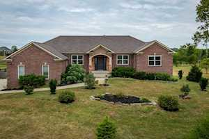116 Colonial Drive Nicholasville, KY 40356