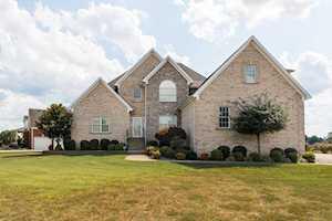 500 Stoneyridge Wynde Shepherdsville, KY 40165