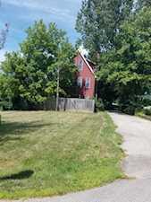 150 Old Farm Ln Carpentersville, IL 60110