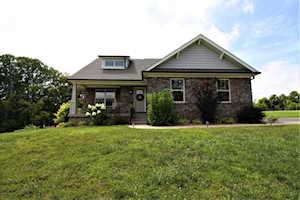 7102 Hollow Oak Ct Crestwood, KY 40014