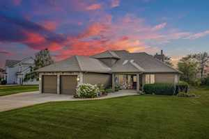 2103 S Paxton Drive Warsaw, IN 46580